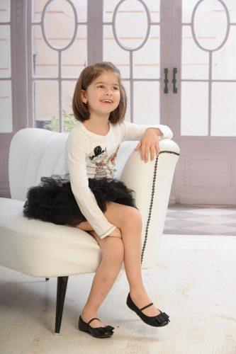 feketefeherstudiofotgyerekeknek feher gyermek foto.hu