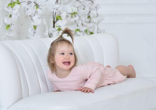 gyermek foto studioban