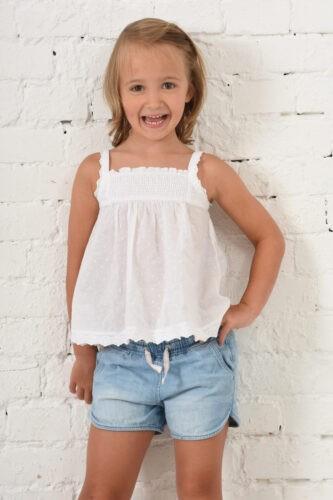 gyermek fotozasok muteremben minimal
