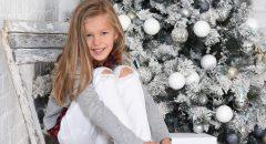 karacsonyi gyermek foto havas fa
