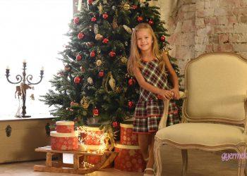 karacsonyi gyermek foto kalsszikus rusztikus stilus